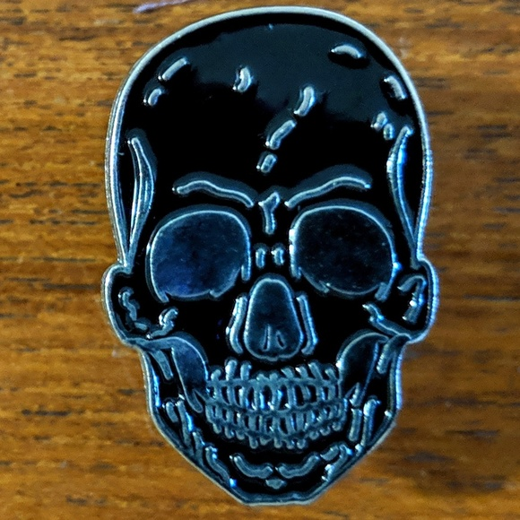 Accessories - Human Skull Metal Enamel Pin Badge